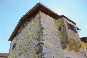 Der mittelalterliche Turm Prakassan in Mals