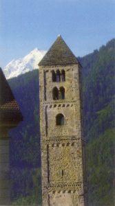 Aus der Romanik: St. Johann in Mals