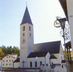 Pfarrkirche zum hl. Andreas mit angebauter Michaelskapelle in Tartsch